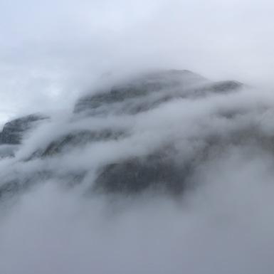 Felhők felett 2