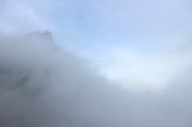 Felhők felett 1