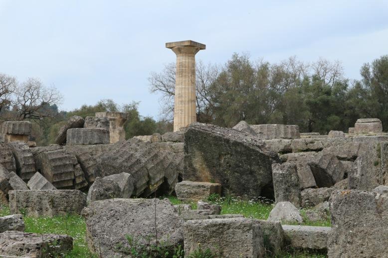 Az egykori Zeusz templom maradványai